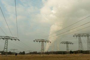Kohlekraftwerk Jänschwalde mit Stromtrassen